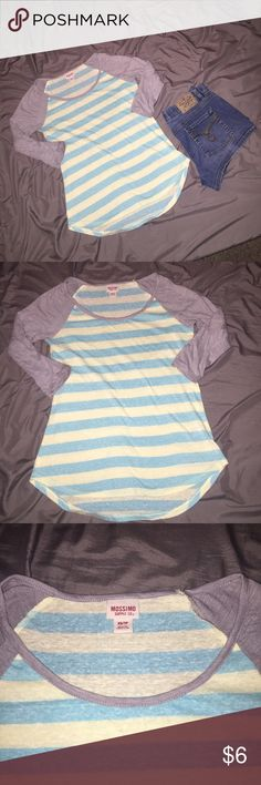 🔴4 FOR $10🔴CUTE STRIPED MOSSIMO SHIRT XS VERY CUTE 3/4 SLEEVES SCOOP NECK SHIRT SIZE XS.  IN EXCELLENT CONDITION.   💖GREAT DEALS AND HUGE SALE!  EVERYTHING $10 AND UNDER IS 4 FOR $10.  EVERYTHING $20 AND UNDER IS 3 FOR $20.  PLEASE FEEL FREE TO ASK QUESTIONS. 🔴💖 Mossimo Supply Co Tops Blouses