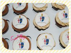 School crest cupcakes   sweetthingsbywendy.ca Cupcake Toppers, Cupcake Cakes, Cupcakes, School, Sweet, Wedding, Candy, Valentines Day Weddings, Cupcake