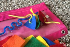 10 Toddler Busy Bags For Traveling- straw and felt fine motor skill, color and shape activity - similar to felt and ribbon, only pulled along on a bendy straw. Airplane Activities, Road Trip Activities, Toddler Activities, Shape Activities, Toddler Busy Bags, Toddler Travel, Planner Stickers, Car Travel, Fine Motor Skills
