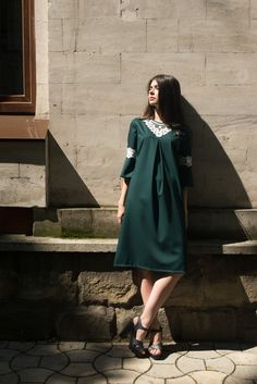 Fashion Shoot, Fashion Beauty, Womens Fashion, Outfit Posts, Outfit Of The Day, Street Wear, Fashion Photography, High Neck Dress, Photoshoot
