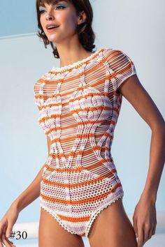 Fabulous Crochet a Little Black Crochet Dress Ideas. Georgeous Crochet a Little Black Crochet Dress Ideas. Beach Crochet, Crochet Bikini, Knit Crochet, Black Beachwear, Look Fashion, Fashion Outfits, Pullover Shirt, Crochet One Piece, Black Crochet Dress