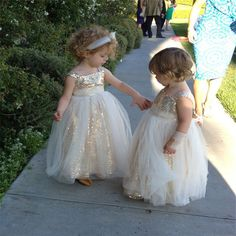 Find More Flower Girl Dresses Information about Puffy 2016 Lovely Ball Gown first communion dresses for girls kids evening gowns Crystal Gold flower girl dresses for weddings,High Quality dress flag,China dress australia Suppliers, Cheap dresses purple from wellbridal dresses 738196 on Aliexpress.com