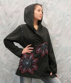 Hoodie blouse with sunflower hand embroidery