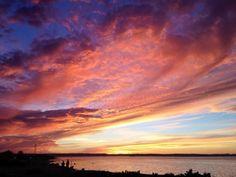 Sunset in La Paz, BCS. Pic from https://www.facebook.com/LasTresVirgenes