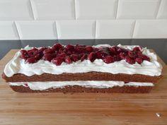 Schwarzwalder kirsche cake