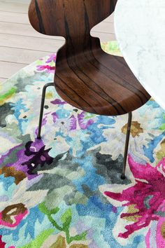 Reinventam, reevaluam si redefinim in mod constant portofoliul nostru de covoare, astfel incat oferim o gama ampla de tesaturi si materiale pentru covoare moderne, clasice, covoare din lana, covoare din vascoza, din piele, dar și covoare pentru camera copiilor in diferite modele si dimensiuni. www.decoradesign.ro Sweet Home, Pure Products, Table, Lana, Furniture, Design, Home Decor, Trendy Tree, Brown Carpet