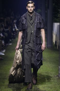 Moncler Gamme Bleu - Spring 2017 Menswear