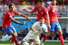 Đã chính thức bị loại, Anh bước vào trận gặp Costa Rica với mục tiêu có điểm danh dự để rời giải đấu. Trong khi đó, Costa Rica cần ít nhất 1 điểm để chắc suất ngôi đầu bảng. Và cả hai đều đã có được điều mình cần.  http://ole.vn/world-cup-2014.html,http://ole.vn/chuyen-chuong.html,http://bongdaole.tumblr.com/,http://tintonghop.edublogs.org/