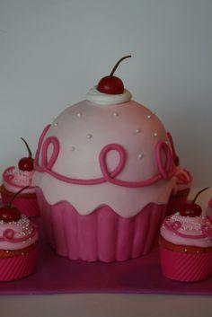 And Everything Sweet: Pinkalicious Cake and Pinkalicious Ring Tutorial!!