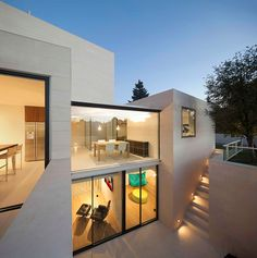 Modern interior  Modern Simplicity: The Exciting White Igualada N1 Residence in Barcelona, Spain