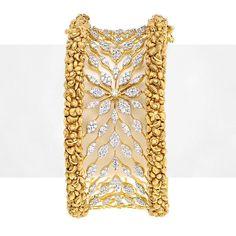Diamond Bracelets : Zayn Antique Diamond Bangle - Buy Me Diamond Gold Bangles Design, Gold Jewellery Design, Gold Jewelry, Designer Bangles, Jewelery, Antique Jewellery, Diamond Jewellery, Diamond Bracelets, Silver Bracelets