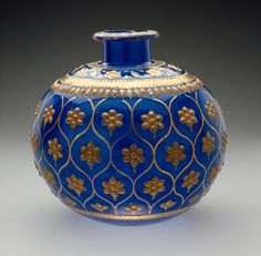 Base for a Water Pipe (huqqa) - India, Mughal, circa 1700-1775 - Cobalt blue glass with gilding over shaped appliqué white glass pieces