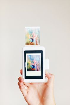 A true masterpiece. Order the Polaroid Snap Touch today. »