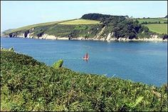 Wanwell beach and Mothercombe    http://www.bbc.co.uk/devon/discovering/images2/gallery/erme_boat_small.jpg