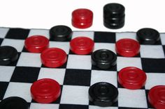 Board Game Online, Old Board Games, Online Games, Checkers Board Game, Play Checkers, Played Yourself, Game Pieces, Games To Play, Free Games