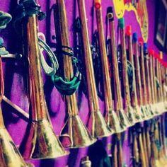 Grupo Mascarada Carnaval: Las trompetas de Guachipanduzy, preparadas para so...