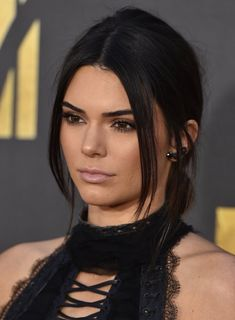BURBANK, CA - APRIL 09:  Model Kendall Jenner arrives at the 2016 MTV Movie…
