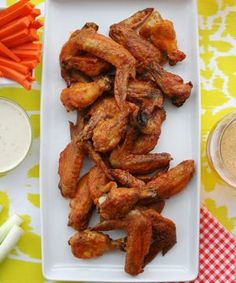 Easiest Ever Buffalo Wings For The Wing-Making Newbie+ Quick Dinner Recipes, Appetizer Recipes, Great Recipes, Appetizers, Yummy Recipes, Favorite Recipes, Buffalo Wings, Chicken Wing Recipes, Buffalo Chicken