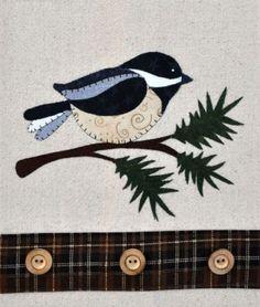 Chickadee-Evergreen-Wooden-Bear-Quilt-Designs-Applique-Pattern-tea-towel