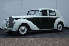 Bentley Mark VI - 1946 Antique Cars, Auction, English, House, Self, Vintage Cars, Home, Haus, English Language