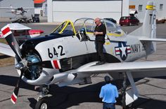 AT-28 B Trojan at Parry Sound, Ont.