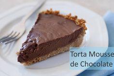 Torta Mousse de chocolate, super fácil de fazer e rápida de fazer. O sabor fica divino e com certeza vai agradar a todos os paladares. Caso você não queira