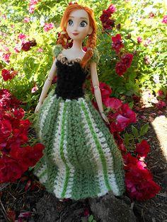 Anna's Coronation Dress ~ Free Crochet Pattern   Cogaroo Crafts