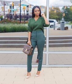 32 Gorgeous Street Style Ideas For Women, 32 Gorgeous Street Style Ideas For Women Casual Work Outfits, Business Casual Dresses, Work Casual, Chic Outfits, Fall Outfits, Casual Wear, Casual Hairstyles, African Fashion Dresses, African Dress