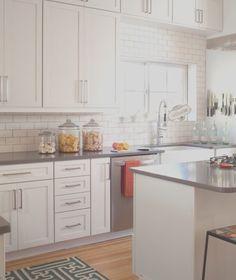 Ikea Kitchen Design, Ikea Kitchen Cabinets, Kitchen Decor, White Cabinets, Shaker Cabinets, Cupboards, Kitchen Storage, Tall Cabinets, Classic Cabinets
