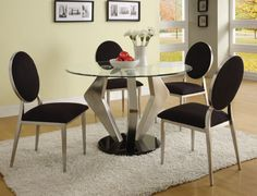 Explore the contemporary modern style round glass dining table collection.Checkout the Alexis modern round glass satin dining table and chairs Glass Kitchen Tables, Round Dining Table Modern, Glass Round Dining Table, Elegant Dining Room, Beautiful Dining Rooms, Round Glass, Glass Table, Small Dining, Clear Glass