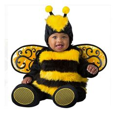 Baby Halloween costumes are beyond adorable. Check out the best baby and infant Halloween costumes that are funny and silly for 2020 here. Baby First Halloween, Halloween Kids, Infant Halloween, Toddler Costumes, Pet Costumes, Baby Bumble Bee Costume, Marvel Dc, Bitty Baby, Carnival