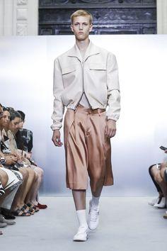 Sean Suen Fashion Show Menswear Spring Summer 2018 Collection in Paris