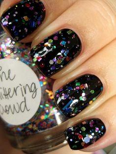 Fabulous holiday nails fun nails, pretty nails, new year's nails, sexy nails , New Year's Nails, Pink Nails, Hair And Nails, Black Nails With Glitter, Glitter Nails, Glitter Top, Glitter Party, Sexy Nails, Trendy Nails