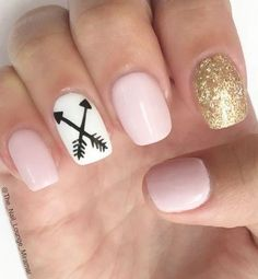 12 Amazing Nail Designs For Short Nails: #4. Nude, White and Gold