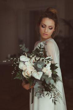 Kwiaty. Decoki. Wyczucie smaki, subtelność i piękne aranżacje zachwycają! Polecam serdecznie. Girls Dresses, Flower Girl Dresses, Wedding Flowers, Wedding Dresses, Burgundy Wedding, Wedding Inspiration, Victorian, Bright, Fashion