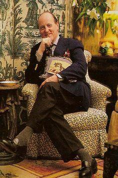 Mario Buatta, aka the Prince of Chintz. via pictureofelegance
