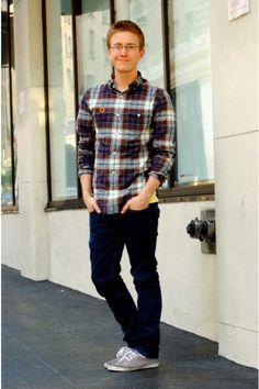 Calça Jeans Azul Escura/ Camisa Flanela