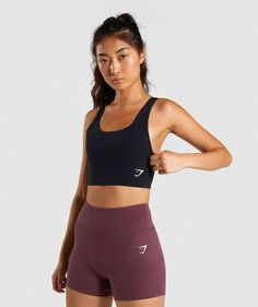Shop medium support sports bras at Gymshark. A fundamental for your workout wardrobe, dominate your next workout in confidence. Athletic Outfits, Sport Outfits, Cute Outfits, Gym Outfits, Workout Outfits, Athletic Wear, Fitness Outfits, Dance Workout Clothes, Pants For Women