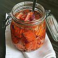 Du saumon, en veux tu, en voilà... Il est très apprécié en cette période et s'accomode à toutes les préparations aussi bien cru que cuit,...