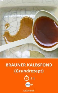 Brauner Kalbsfond - (Grundrezept) - smarter - Kalorien: 9 Kcal - Zeit: 2 Std. | eatsmarter.de
