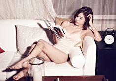 STELLAR  Jeonyoul 1st Mini Album <마리오네트>Marionette