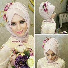 Elbise ve aksesualar @gonulkolatofficial başörtü tasarım @nsnur