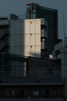 Japanese cities on quiet mornings Adobe Photoshop Lightroom, Tokyo Japan, Willis Tower, Skyscraper, Japanese, City, Tokyo, Skyscrapers, Japanese Language