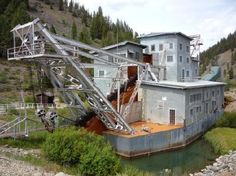 Idaho - Yankee Fork Gold Dredge
