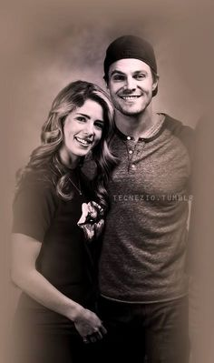 emily bett rickards and stephen amell in chicago