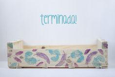 Azucarillos de Colores: Caja de Madera Estampada con Sellos Acrílicos*