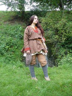 #11th century Norman male costume  Tunics #2dayslook #Tunics style #TunicsfashionTunics  www.2dayslook.com