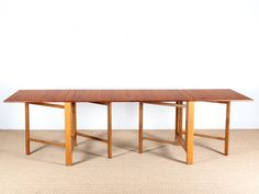 Mid-Century Modern scandinavian Gateleg Table model Maria by Bruno Mathsson Dinning Tables And Chairs, Teak Dining Table, Vintage Furniture, Diy Furniture, Furniture Design, Mid Century Modern Table, Expandable Dining Table, Multifunctional Furniture, Diy Table