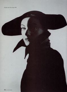 Erwin Blumenfeld - untitled, New York, 1945