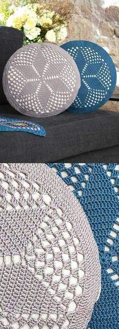 Crochet Designs Circular Cushion crochet pattern - Free Crochet Pattern for a Circular Cushion. Skill Level: Intermediate Round cushion to crochet with a star pattern. Free Pattern Get the matching crochet rug pattern. Crochet Pillow Cases, Crochet Pillow Patterns Free, Crochet Cushion Cover, Crochet Phone Cases, Crochet Cushions, Knitting Patterns, Free Pattern, Knitting Ideas, Cushion Covers